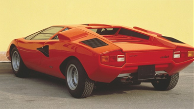 Lamborghini-Countach_back