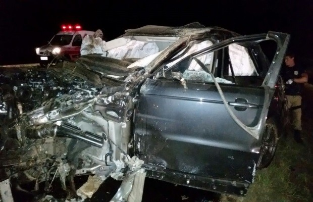 Photo de l'accident | Retournement qui s'est passé sur BR-153, entre Goiatuba et Morrinhos, à Goiás (Photo: Divulgation/PRF)