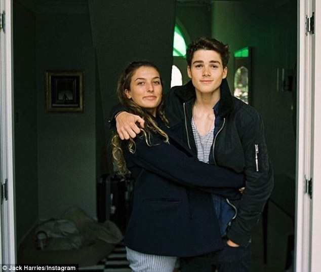 jack and finn harries family - photo #24