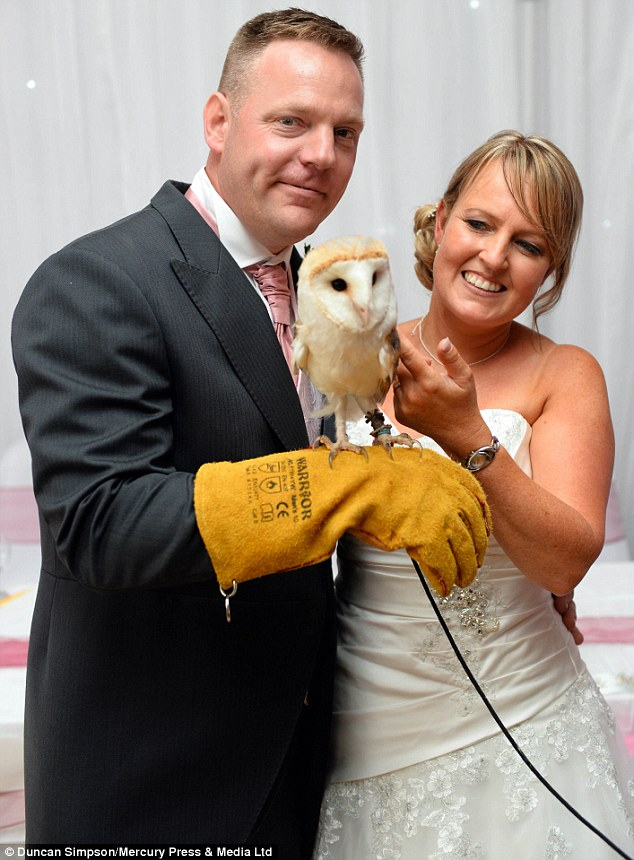 2C556CA600000578-3235160-Paul_and_Janet_pictured_with_a_barn_owl_saw_The_Party_Animals_co-a-29_1442325685894
